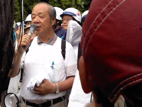07010830 地元の方の抗議